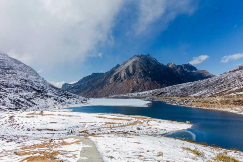 sela-lake-arunachal-pradesh-india-a3fc4900f965089f28bad481271ca2d7.jpg